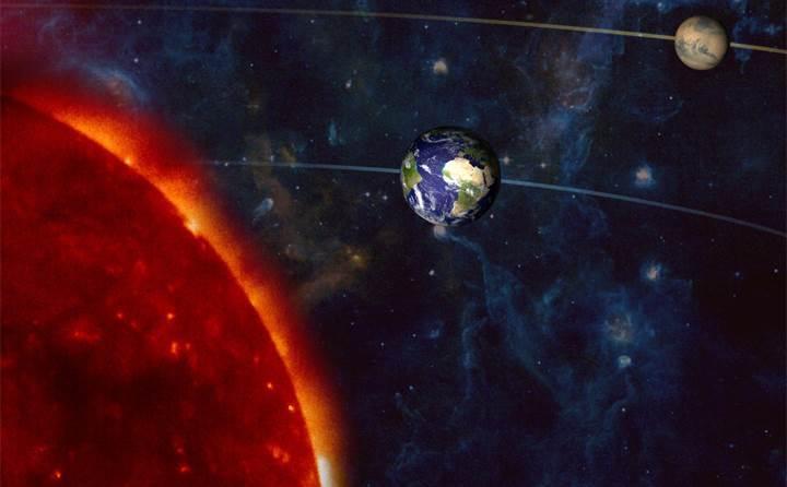 Mars-son-15-yildaki-en-yakin-konumuna-geliyor101265_0.jpg
