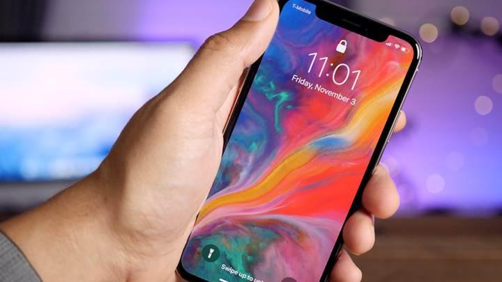 2. Nesil iPhone X'de daha küçük bir çentik görebiliriz.