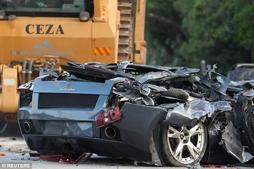 President of the Philippines destroyed luxury cars worth $ 6 million