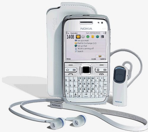 DH Nokia E72 white - ilk CEP telefonunuzu hanGi ya�ta ald�n�z Markas�