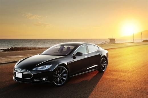 Tesla Motors, Model S batarya değişim pilot programını başlattı