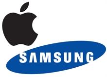 Analiz : Geçen yılın son çeyreğinde akıllı telefon pazarında Apple ve Samsung kafa kafaya