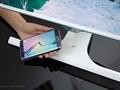Samsung'dan kablosuz şarj özelliğine sahip monitörler