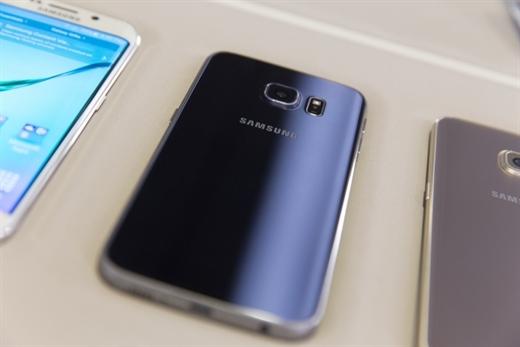 Samsung, Galaxy S6 ve S6 Edge modellerinde fiyat indirimine gidiyor