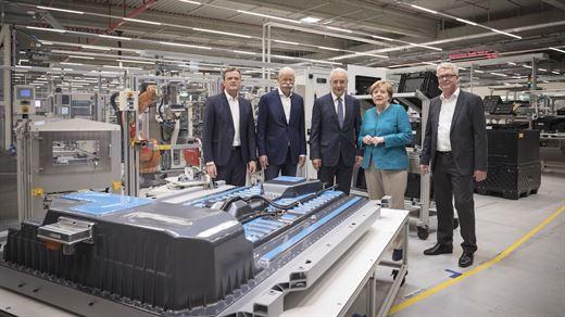Mercedes-Benz'e elektrikli otomobiller için yeni batarya tesisi