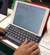 Logitech'den yeni klavyeli kılıflar ilk izlenim ön inceleme