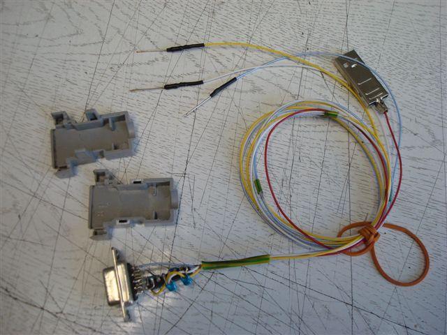 Или так: балластные резисторы по 50ом, которые идут на выходы Rx, Tx использовать их...  Дебаг кабель.